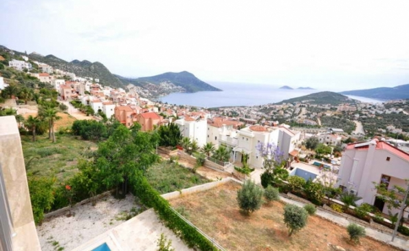4 Bedroom Villa with Sea View in Popular Kalkan