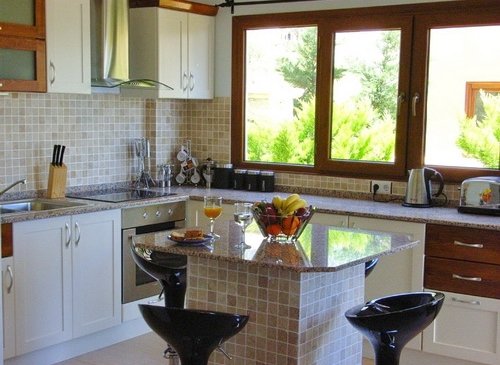 kitchen-area_resize-500x365