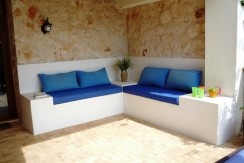 seating-area_resize-500x365