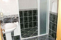 shower-room_resize1-595x365