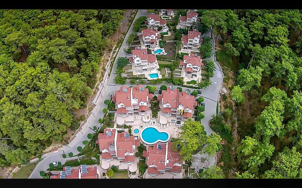 Spacious 4 Bedroom Semi-Detached Villa In Contemporary Gocek For Sale