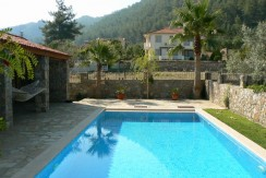 beyaz homes uzumlu vılla-pool (4)