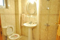Bathroom-a_resize-595x365