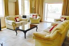 Lounge-2a_resize-595x365