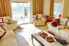 Lounge-4_resize-595x365