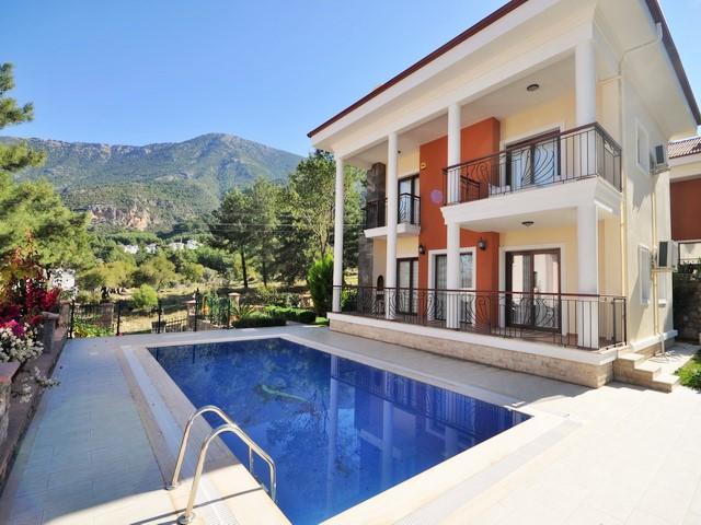 Превосходный дом для отдыха с прекрасным видом в Олюденизе на продажу