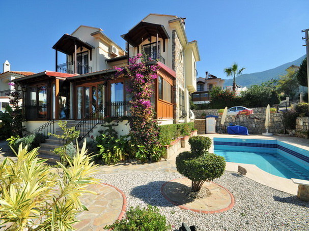 villa in ovacik for sale (1)
