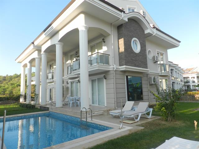 Bargain 5 bedroom Sea Front Villa With Sauna in Calis