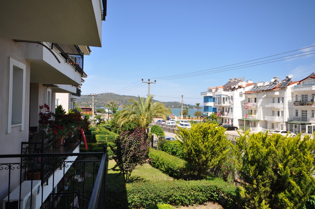 A Lovely 2 Bedroom Apartment with Sea Views