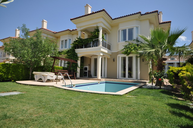 Fully Furnished Villa On The Beach Front For Sale
