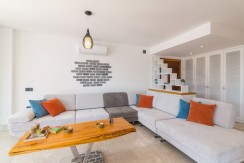 22-Living Area_resize