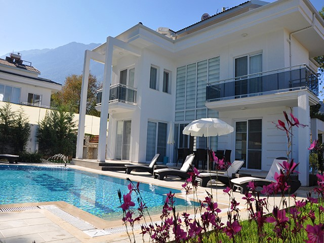 Four Bedroom Luxury Villas in Ovacik