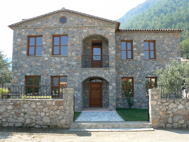 Stone Built Bungalow in Uzumlu For Sale