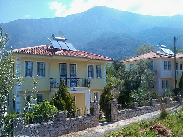 Immaculately Kept Villa in Superb Location of Ovacik
