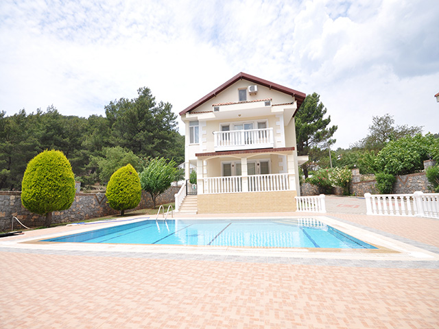 Ground Floor Fully Furnished Apartment in Hisaronu