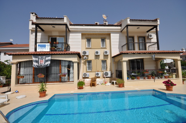 SOLD!!! Three Bedroom Duplex Apartment in Calis