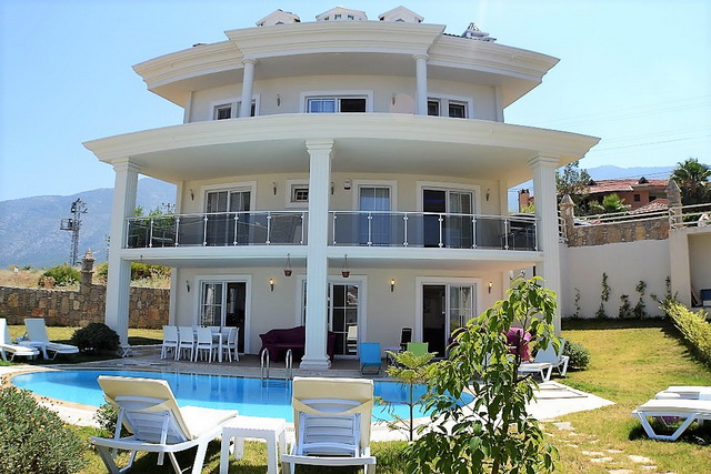 Fully Furnished 5 Bedroom Ovacik Villa With Pool For Sale