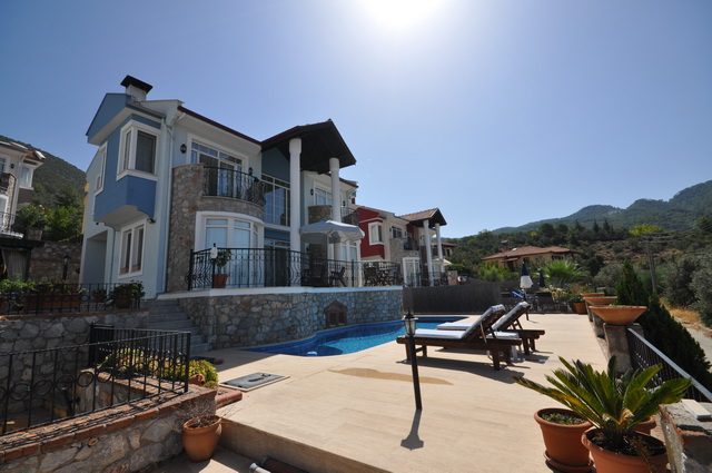Three Bedroom Uzumlu Villa With Great Landscapes