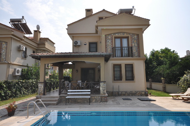 Not Available! Detached Calis Villa With High Rental Potantial