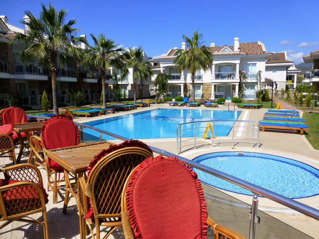 Calis Three Bedroom Duplex Apartment Just Seconds to the Calis Beach