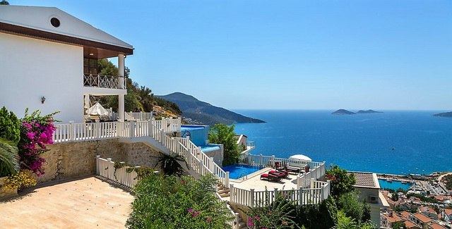 Four Bedroom Charming Villa with Two Swimming pool in Kiziltas / Kalkan