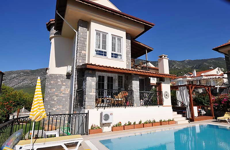 ON HOLD!!  Bargain Priced Detached Villa With Sea View , Ovacik