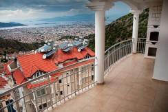 Balcony_resize