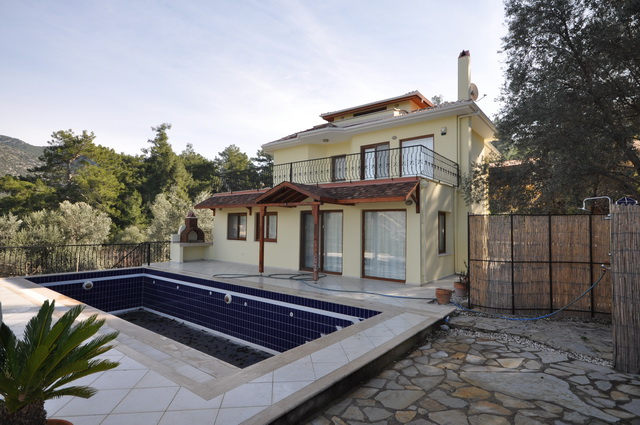 SOLD!! Five Bedroom Uzumlu Villa With Tranquil Forest Location