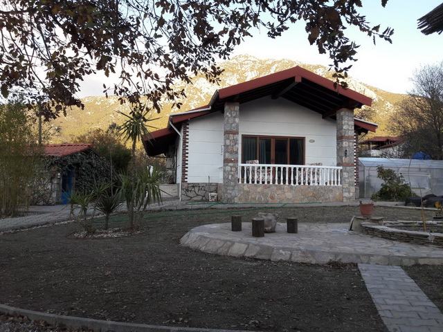 Detached 3 Bedroom Uzumlu Bungalow With 1010 Sqm Land