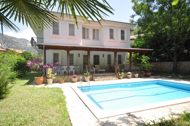 Attractive Gocek Villa Large Pool 3 Bedrooms