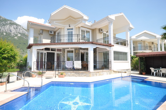 Bargain Detached Villa With Swimming Pool in Uzumlu For Sale