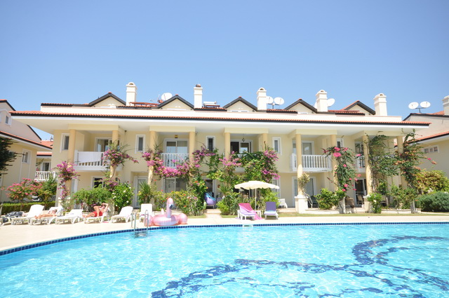 Sea View Town House in a Beach Front Complex, Calis