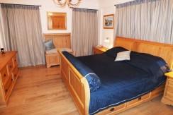 24 Master bedroom_resize