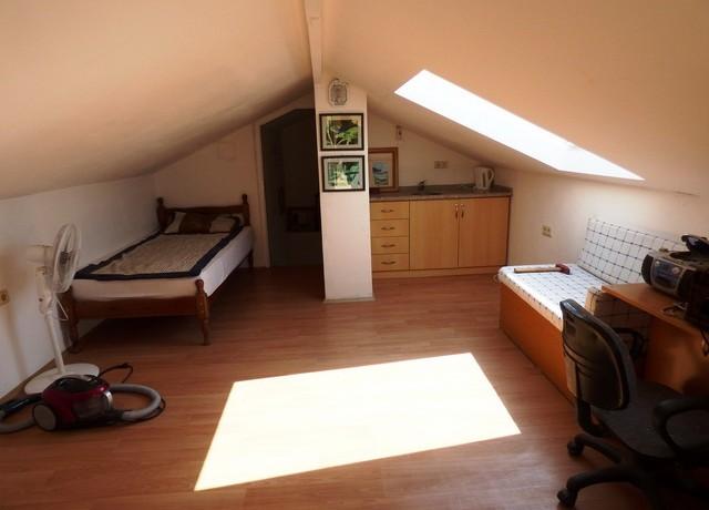 30 top studio bed 4_resize