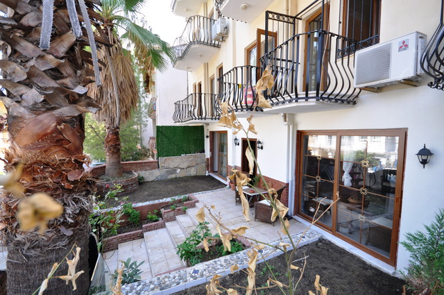 Two Bedroomed Reverse Duplex Apartment With Private Garden – Fethiye Town