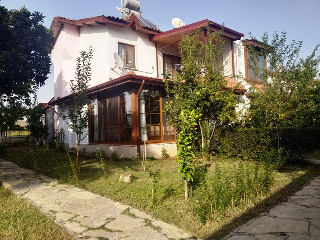 Refurbished Semi -Detached Villa For Sale in Kocacalis