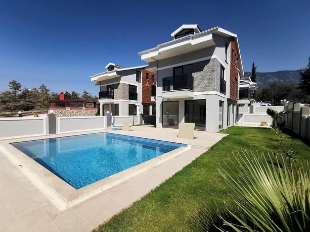 4 Bedroom Stuning Brand New Villas with Swimming Pool in Hisarönü For Sale