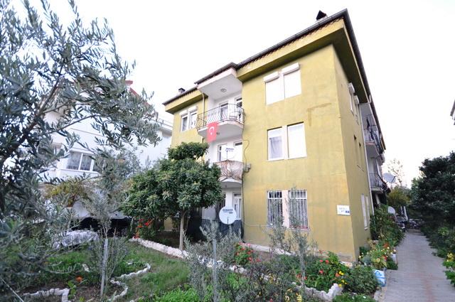 3 Bedroom Apartment Centrally Located For Sale