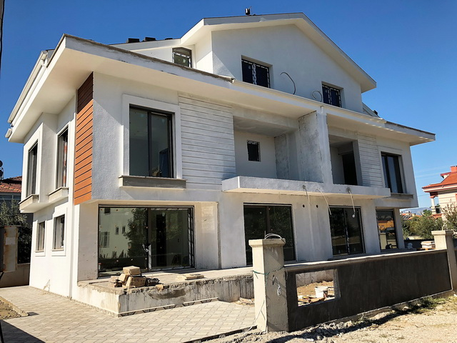 4 Bedroom Brand New Semi Detached Villas For Sale