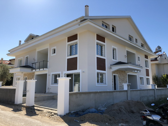 4 Bedroom Brand New Semi Detached Villa