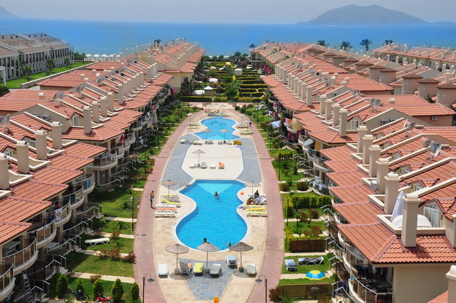 2 Bedroom Apartments For Sale on Calis Beach