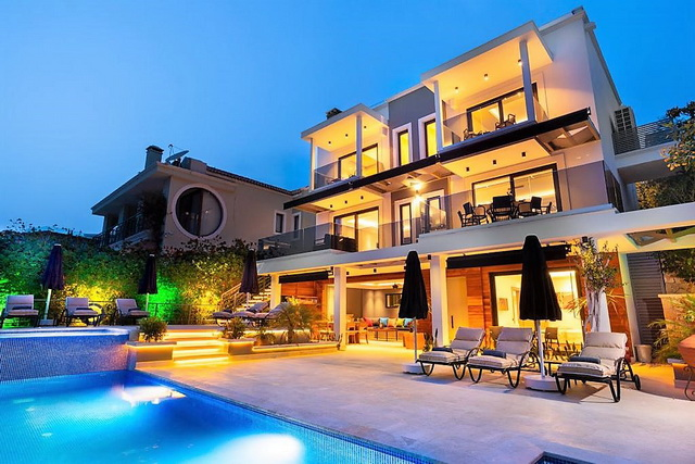 5 Bedroom Luxury Villa with Sea View in Kalkan For Sale