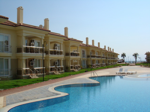 2 Bedroom Duplex Apartment For Sale in Calis Beach