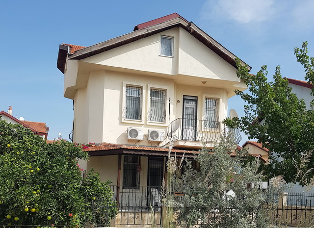 4 Bedroom Detached Villa in Calıs For Sale
