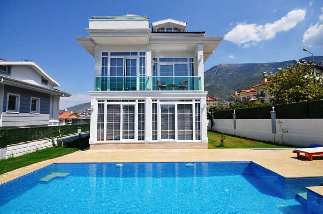 Brand New 3 Bedroom Detached Villa with Swimming Pool For Sale