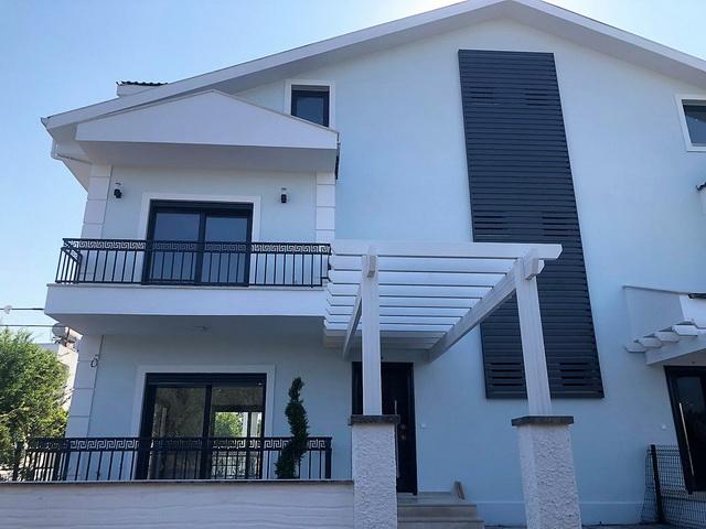 Brand New 4 Bedroom Semi Detached Triplex Villa For Sale