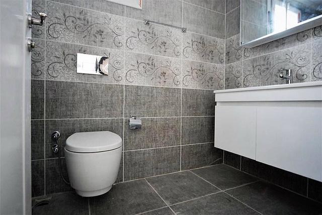 Bathroom (2)_resize