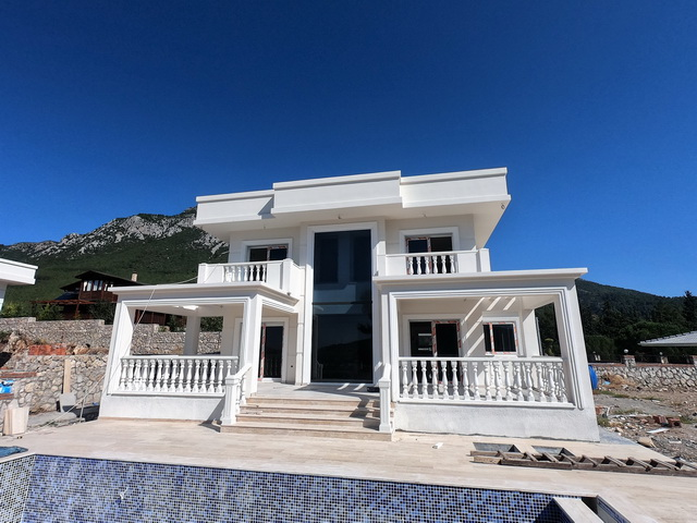 Beautiful Detached 3 Bedroom Villa with Pool in Uzumlu For Sale