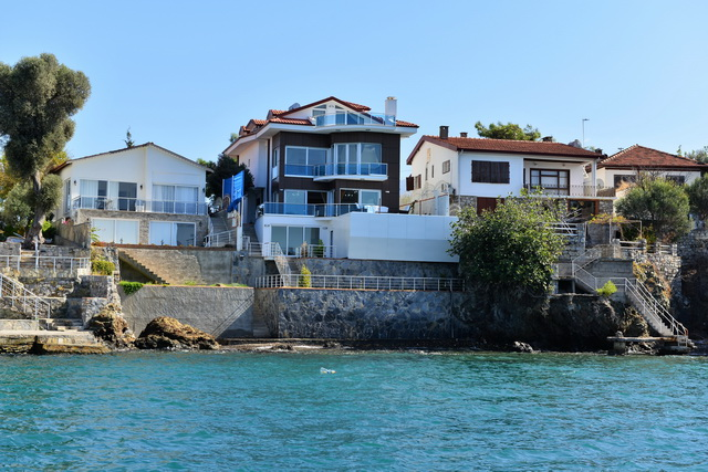 6 Bedroom Luxury Villa with  Sea View in Sovalye Island For Sale
