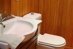 bathroom up_resize